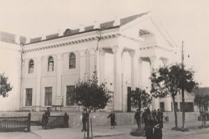 Кинотеатр Октябрь, Барановичи