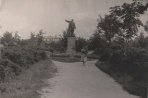 Памятник Ленину в сквере на Димитрова (Хейнола)