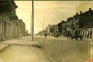 Вид на солдатский клуб со стороны военной комендатуры. Фото 1916 года.