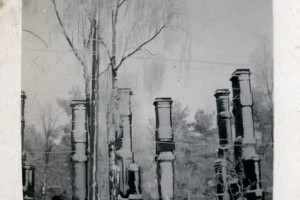 Разрушенная Ставка на зимнем, немецком фото 1916 года