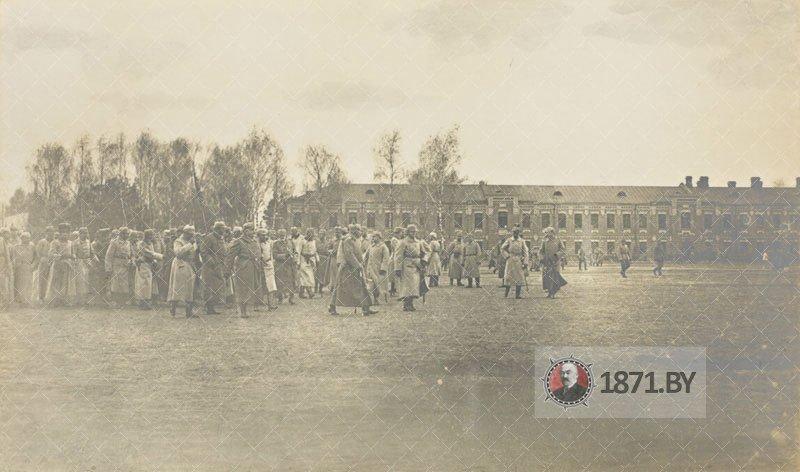 Wilhelm2_Baranowitschi_1915_13