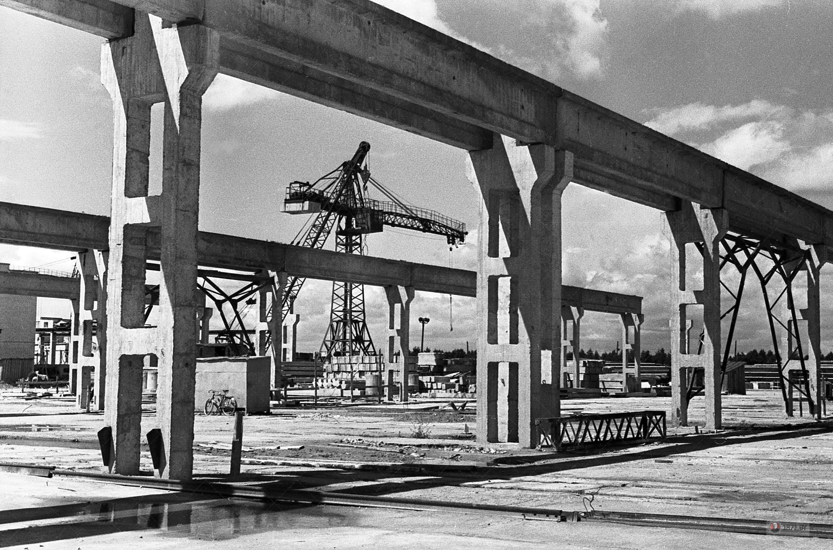 1964 год. Промышленная архитектура завода.