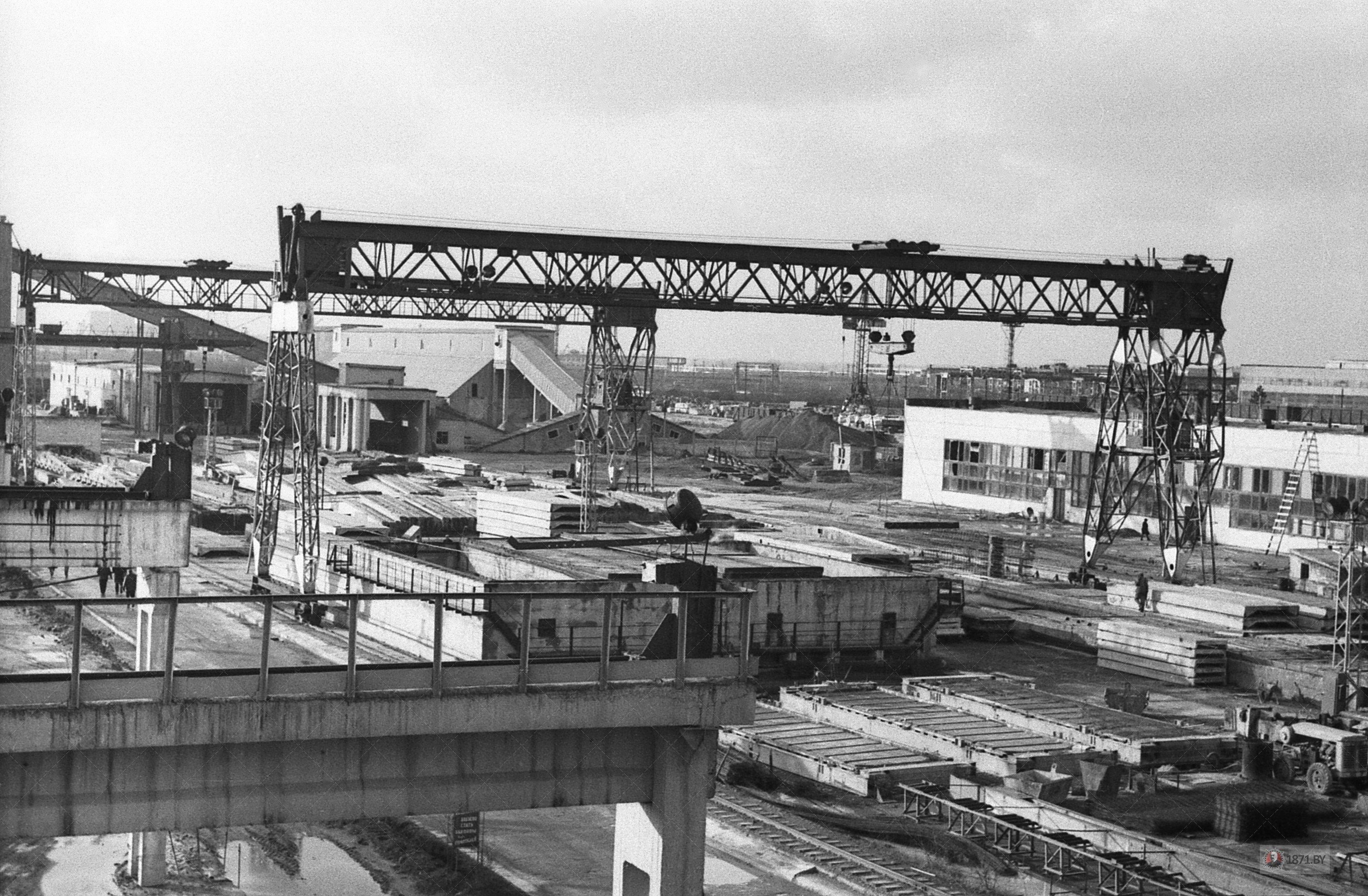 1967 год. Производственная зона предприятия сельской стройиндустрии.