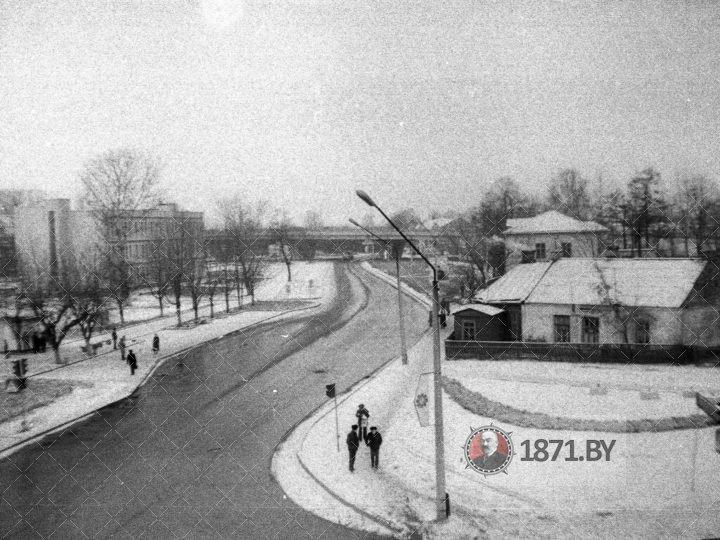 1985.11, перекрёсток ул. Фроленкова и Суворова (КП-14856)