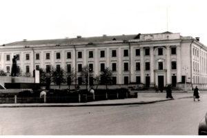 Барановичский ГК КПБ, Сталин