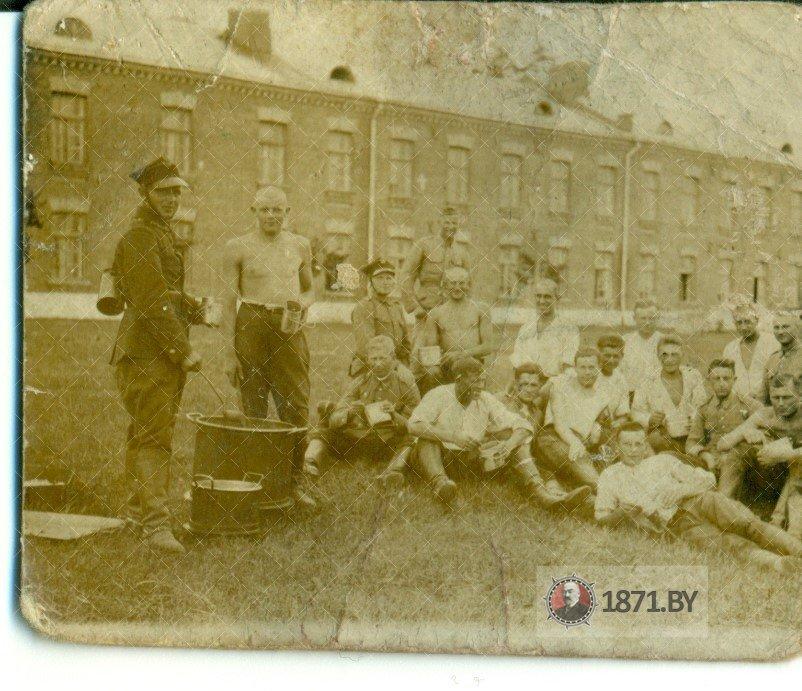 Солдаты 9 дивизиона конной артилерии