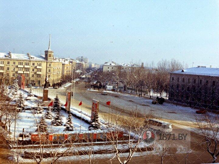 Вид на площадь Ленина